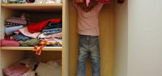 jaka szafa do pokoju dziecięcego